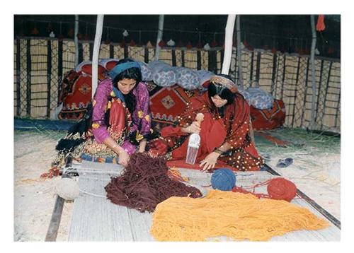 Tkaní koberce ve střední Asii